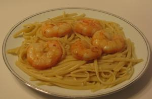 sauteed shrimp with white wine sauce and linguine