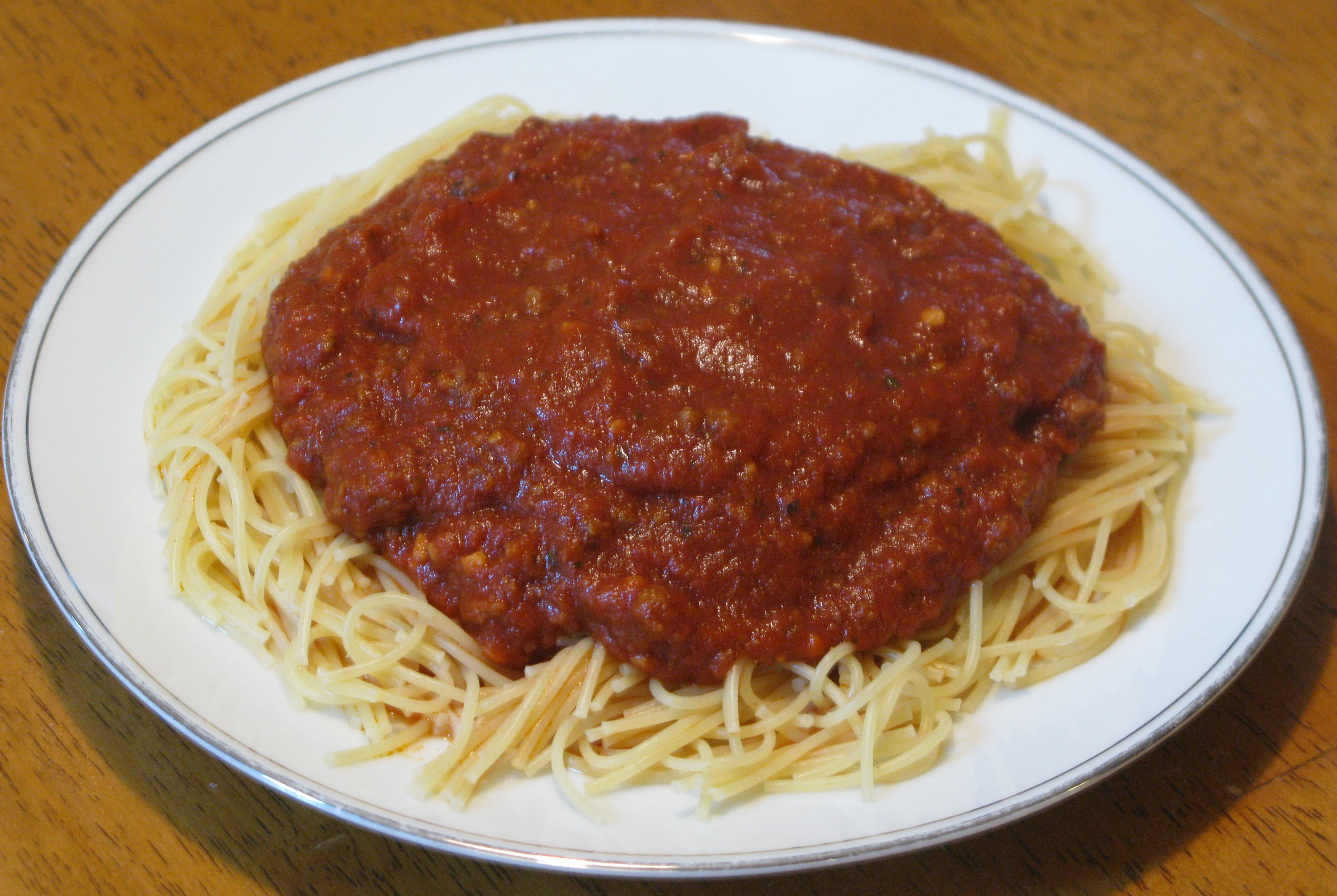 how to make spaghetti sauce using tomato paste