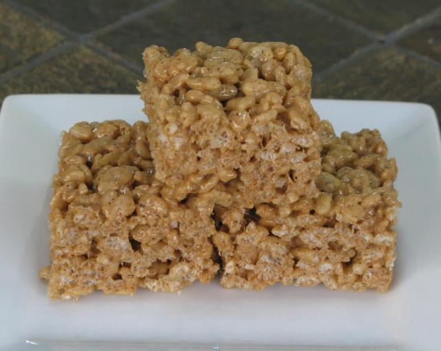 gingerbread rice krispie treats 1